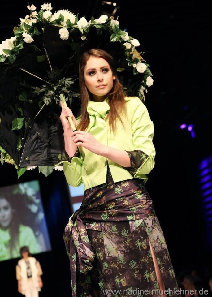 ESMOD Fashion Show Eleonora Gendelmann http://eleonoragendelman.tumblr.com Design Marie-Luise Schneider