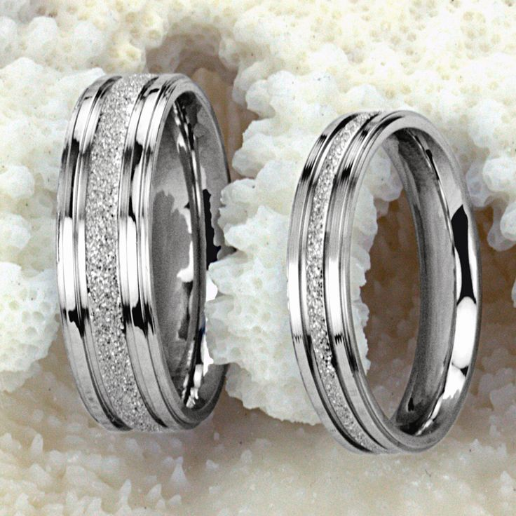 Valentine's Day gift lovers ring Titanium Steel Promise Ring Couple Wedding Bands Shine Frost lovers gift-in Rings from Jewelry on Aliexpress.com