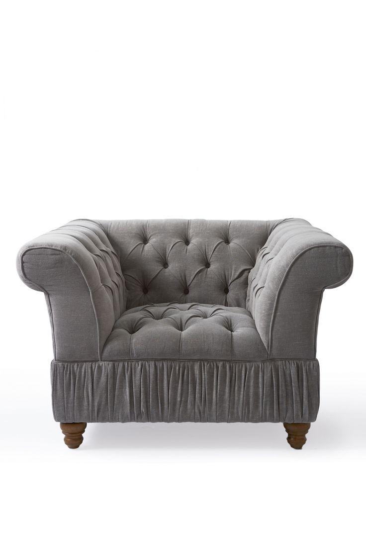 Кресло серое с капитонами