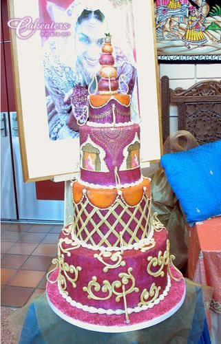 Indian wedding cake by cakeaters.edible.art, via Flickr