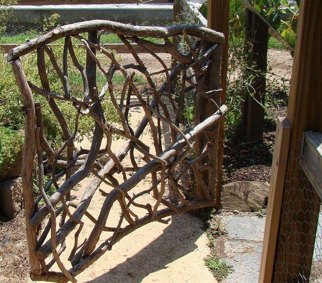 Gate of twigs rustic and cute rusticmount 39 nmagic design for Rustic garden gate designs