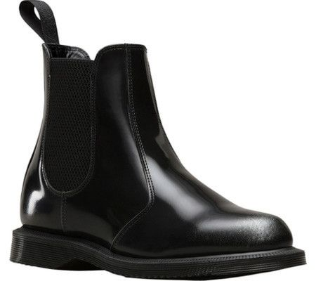 best 25 dr martens chelsea boot ideas on pinterest dr martens chelsea doc martens chelsea. Black Bedroom Furniture Sets. Home Design Ideas