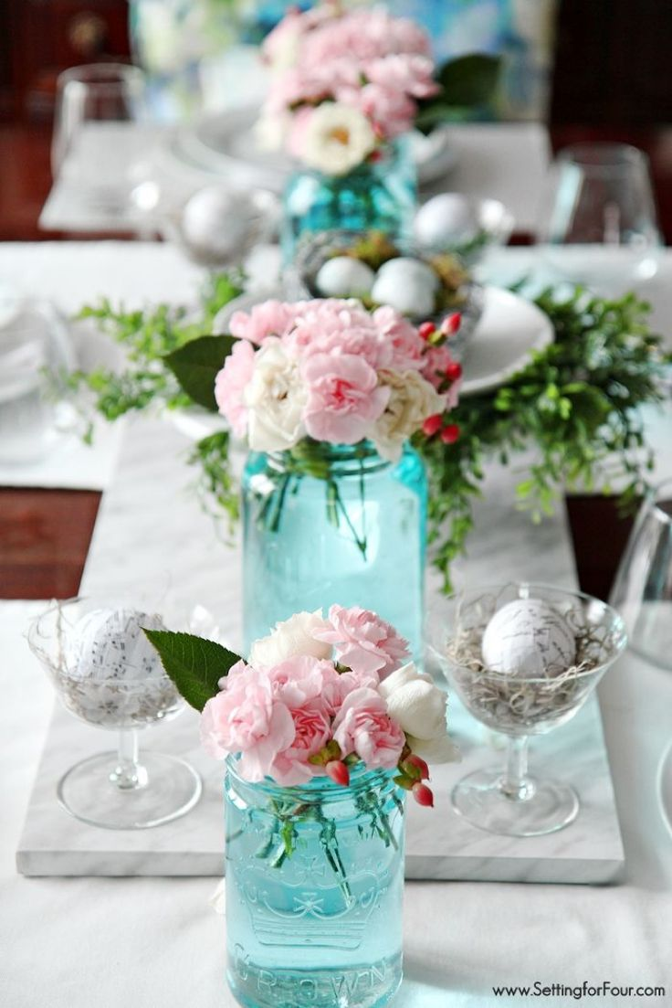 Blue Mason Jar decor tips. A pretty Spring tablescape like this is easy to get when you tint your own mason jars blue! See how! www.settingforfour.com