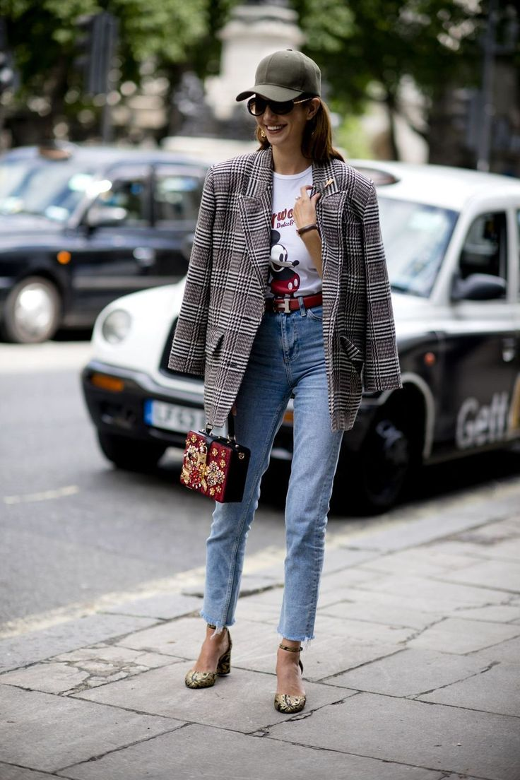 Pairing a blazer with a graphic tee