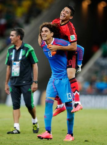 26 best mundial images on pinterest brazil guillermo - Guillermo ochoa wallpaper ...