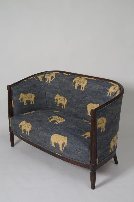 Elephant print art deco settee mis elefantes pinterest for Muebles elefante