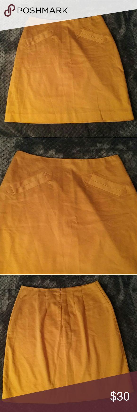 Worthington mustard yellow skirt size 6 Waist across 14in Length 20in Worthington Skirts Pencil