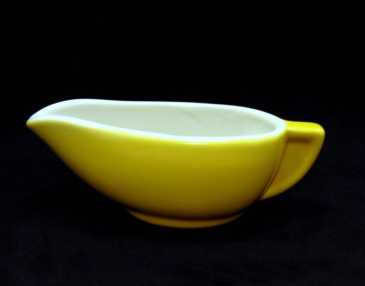 Vintage art deco china - mid century modern gravy boat - modernist streamline gravy boat-Hall  gravy boat-yellow hall china-small gravy boat by BECKSRELICS on Etsy