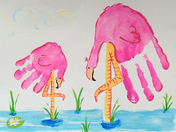 Flamingo handprint by Madelyn #handprint #Fingerfarben