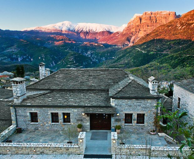 Μεγάλη εξέλιξη για τον ορεινό τουρισμό της Ελλάδας, φέρνει η είσοδος της κορυφαίας ξενοδοχειακής αλυσίδας του παγκόσμιου οργανισμού του National Geographic στη χώρα μας, με την ένταξη του ξενοδοχ…