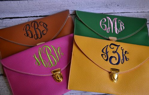 Monogrammed Clutches: Gators Fans, Florida Gators, Black Monograms, Gifts Ideas, Bridesmaid Gifts, Preppy Monograms, Brown Design, Great Gifts, Monograms Clutches