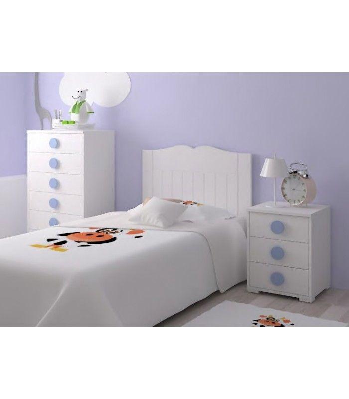 Undormitorio infantil económicoco con cabecero para somier de 90cm, sinfonier y mesilla a juego, en color blanco con tirador redondo azul claro.