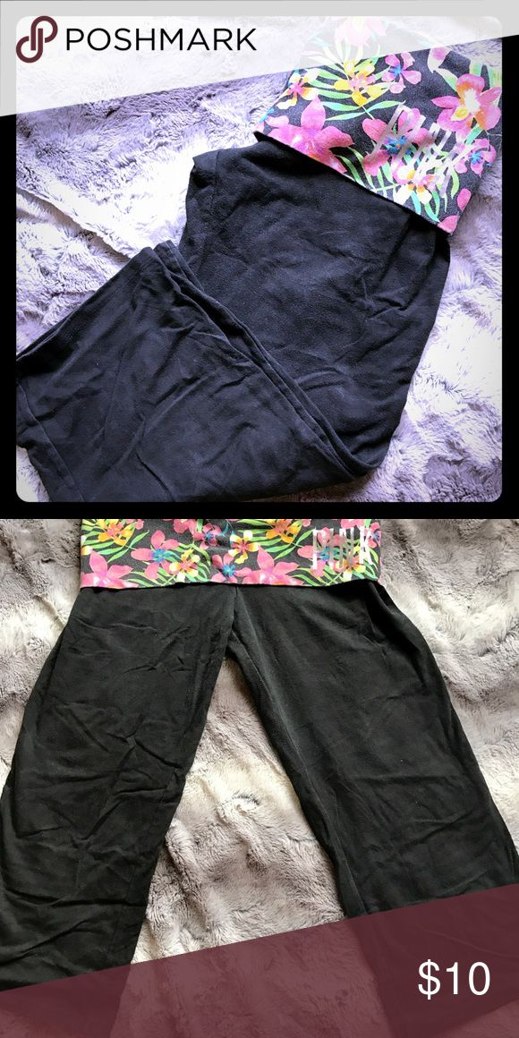 VS Pink Yoga Capri's Cotton/Stretch Yoga Flare Capri from VS... just tried them on to show better because these are actually in great condition and super cute ❤❤ PINK Victoria's Secret Pants Capris