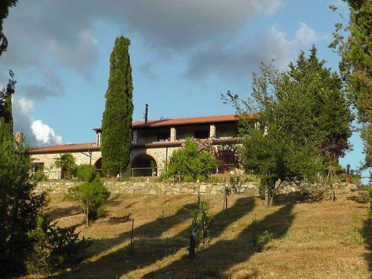 Villa Sant'Anna, tardo pomeriggio #relax #cipressi #ombra #turismo #toscana