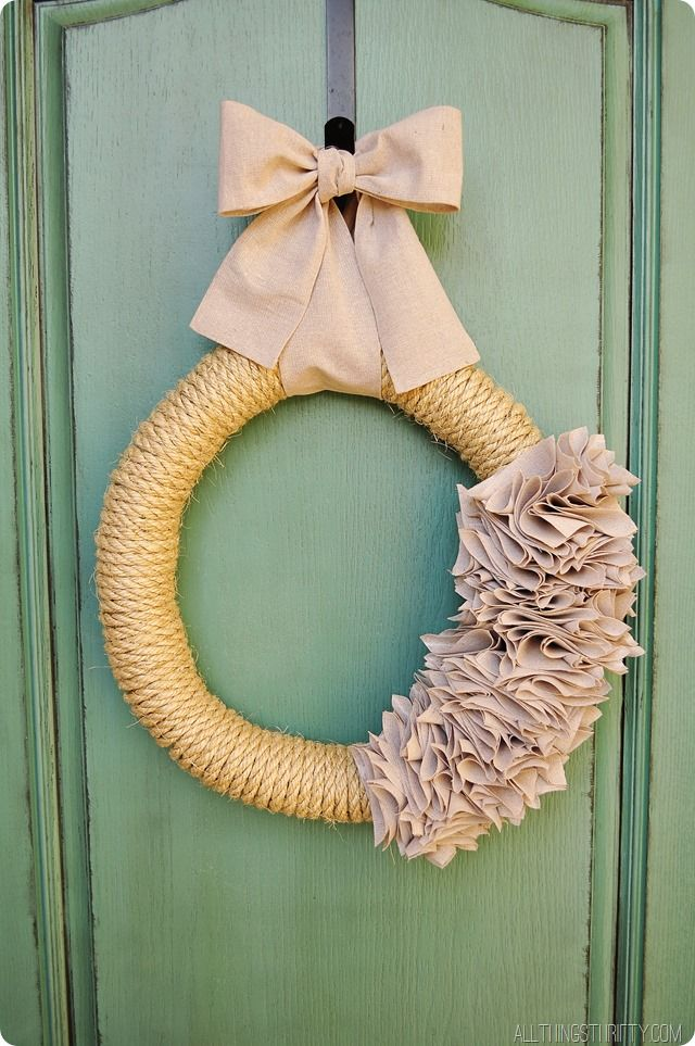 How to make a Ruffle Wreath with Rope and a Drop Cloth!