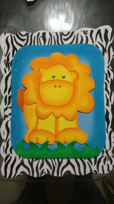 León animal print