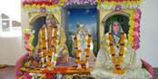 Swami Mukundananda - Jagadguru Kripaluji Yog (JKYog) : https://www.jkyog.org/swami-mukundananda/