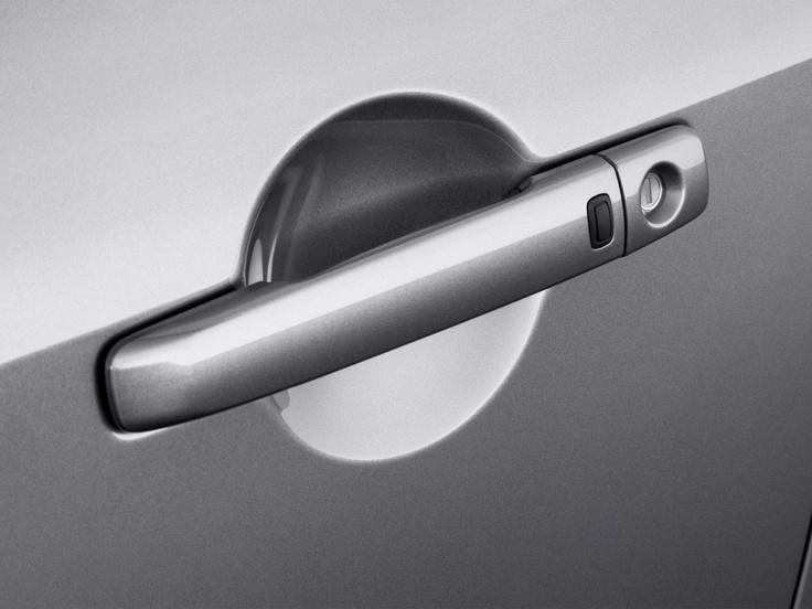 2013 Infiniti G37 Convertible 2-door Base Door Handle