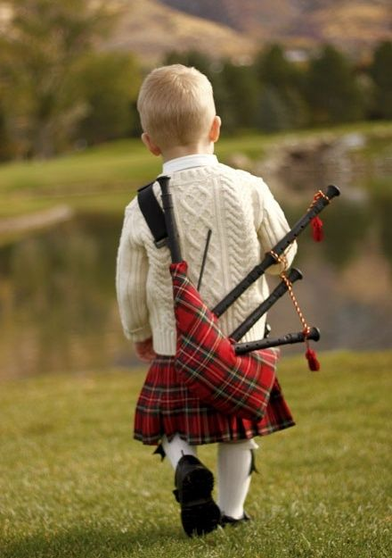 Wee bagpiper