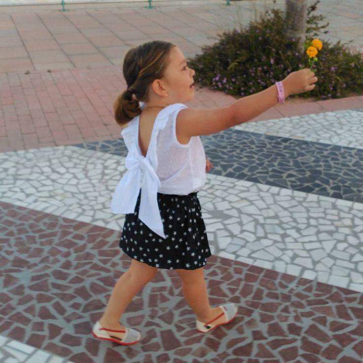 ...Hoy celebramos en familia la Virgen del Carmen... ...Muchas felicidades a todas las Cármenes y en especial a ti mi AmOr... ...Feliz sábado familia... #mapetiteprincesse #lavirgendelcarmen #carmen #mygirl #holidays #family #summer #beach #love #ninet&co #mapetiteprincesseblog #hoyestamosdecelebración