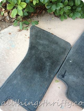 How to clean floor mats in your car.... This really worked!!!!!