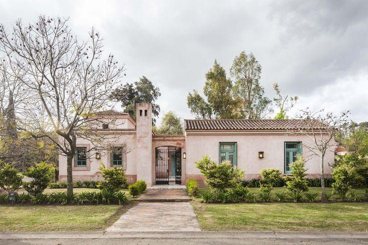 Arquitectura - Paisajismo - Ricardo Pereyra Iraola - Buenos Aires - Argentina - Fachada - Casa