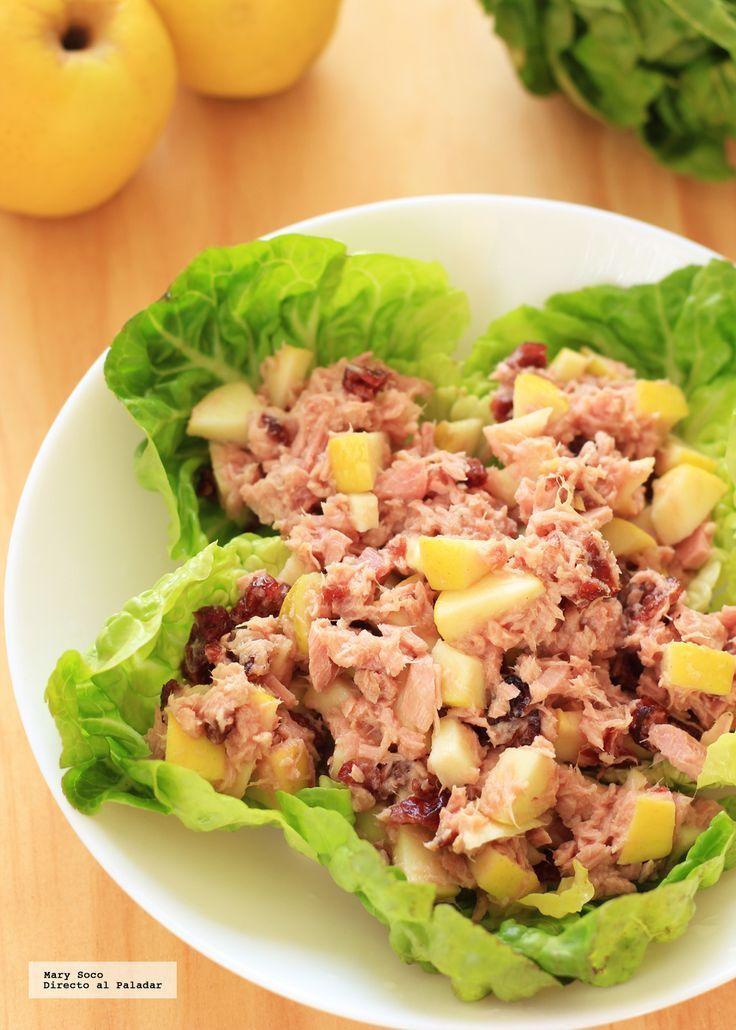 Receta de ensalada de atún con manzana y arándanos. Con fotografías paso a paso, consejos y sugerencias de degustación. Recetas de Atún para C... #ensaladas