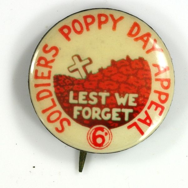 Poppy Badges for Soldiers