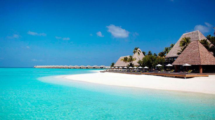 Anantara Kihavah Villas en Baa Atoll Islas Maldivas   Splendia - http://pinterest.com/splendia/
