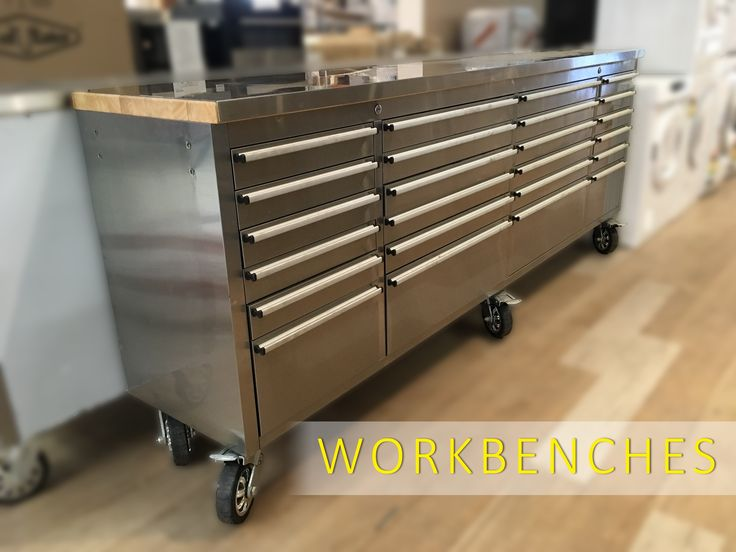 Make sure you come into inspect the workbenches and tool cabinets we have on display in our auction house in Carrara, QLD! These are online NOW and the auction ends THURSDAY at 7:00 pm