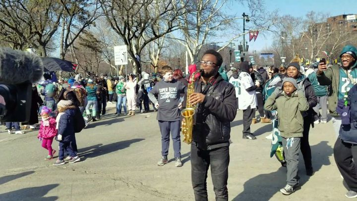 Just chasing dreams. Link in my bio  Shout out to @cbsphilly for recording me playing the @philadelphiaeagles Fight Song during the Eagles Superbowl Parade!  @cbs_philly #cbsphilly #dream #dreams #dreambig #thecomeup #ikechionyenaka #saxophone #saxophonist #saxophoneplayer #music #musician #musicianlife #upperdarby #philly #phillymusic #phillymusician #215 #267 #610 #philadelphiaeagles #eagles #eaglesnation #superbowlparade #superbowllii #superbowl51 #youtube #youtuber #vlog #theshaderoom…
