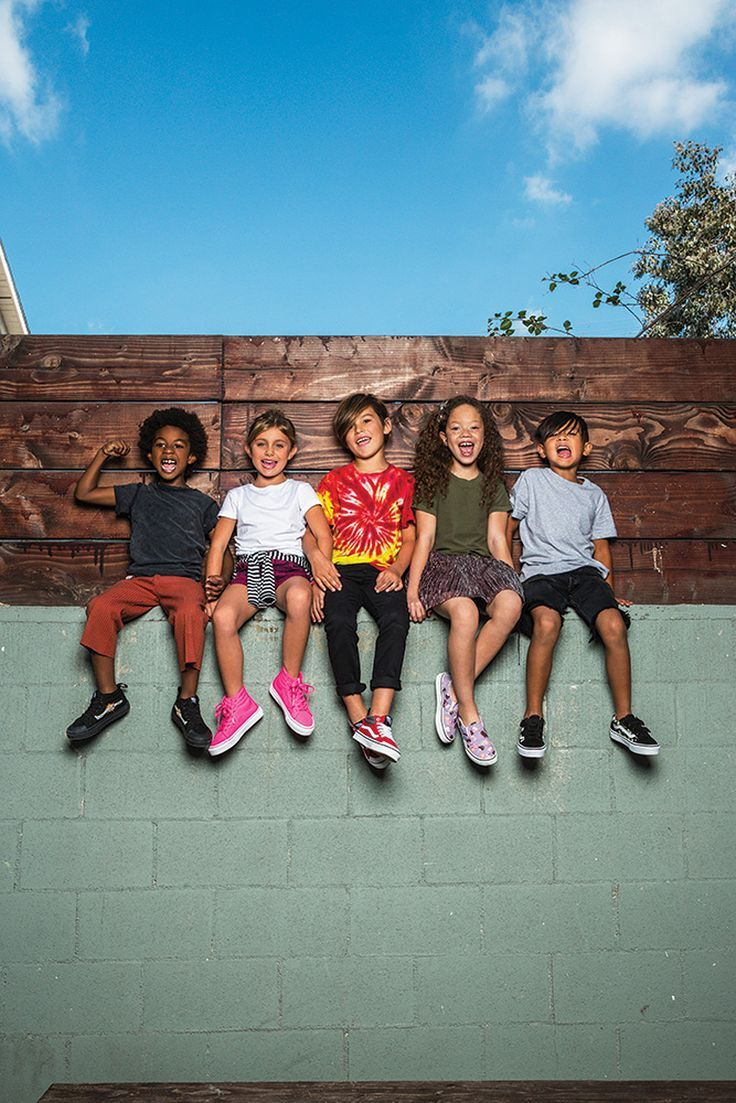 Vans Spring/Summer 17 collection Available on Smallable : http://en.smallable.com/vans Boys. Girls. Toddlers. Childrenswear. Fashion. Summer. Outfits. Clothes. Smallable