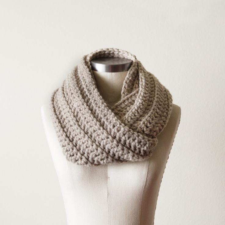chunky cowl from Oh Leander- crochet idea
