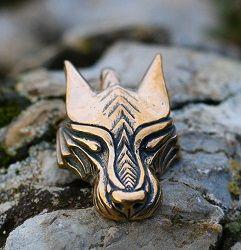 Varg - skandynawski wilk. Duży wisior z brązu • Onegdaj