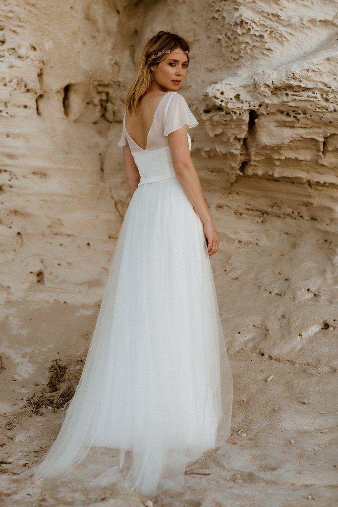 noni | noni Brautkleider 2020, Tüll-Überrock mit 3D-Blättern und Perlen – Amy …   – Brautkleider, Hochzeitskleider, Zweiteiler und Spitzentops
