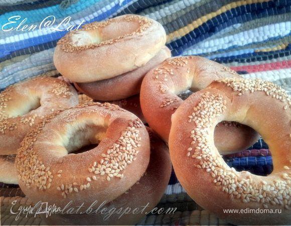 Мне очень нравится печь хлеб, нравится, как пахнет дома от свежеиспеченного хлеба, нравится возиться с тестом, получаешь какую-то дополнительную энергию от него. Не все из моего окружения, из моих ...