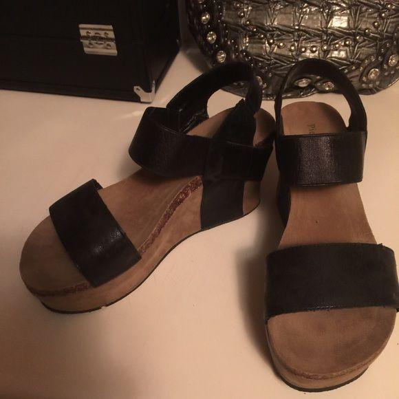 Pierre Dumas Wedges similiar to OtBt New. Super cute! Pierre Dumas Shoes Wedges