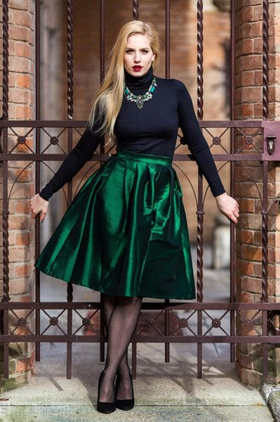 17 Best images about Below the knee on Pinterest | Full midi skirt ...