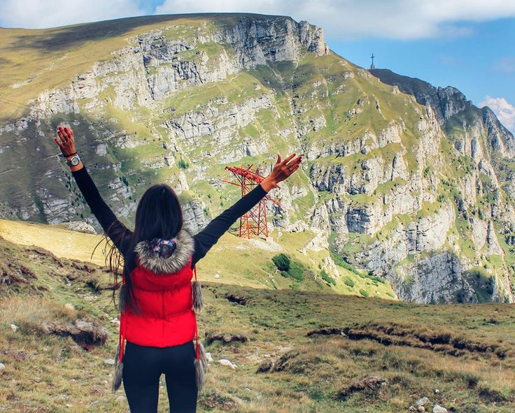 Nothing better than climbing the Romanian mountains in search for spectacular landscapes. And there are plenty of them, that's for sure!