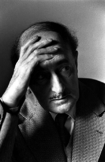 Salvatore Quasimodo: La dulce colina : Ignoria.  - Foto: 1957 © Sergio Larrain/Magnum Photos.    Read Ignoria: http://bibliotecaignoria.blogspot.com/2013/07/salvatore-quasimodo-la-dulce-colina.html#ixzz2Xnpq0oIQ