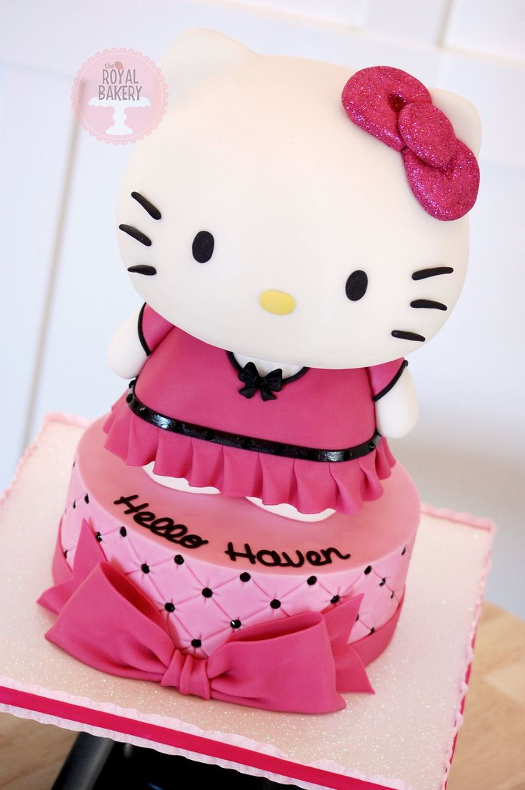 Cake Hello Kitty Pink : 666 best images about Hello Kitty Cakes on Pinterest