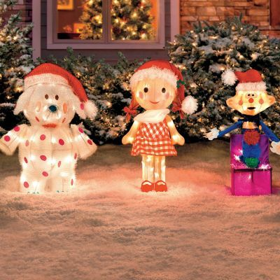 Add a delightful look to your holiday decorating with these 3 ...