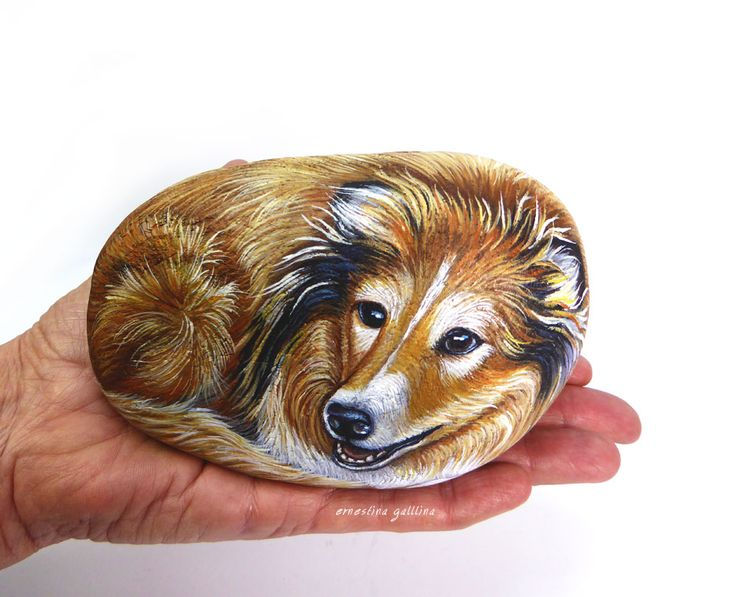 Lassie, handpainted on stone by Ernestina Gallina
