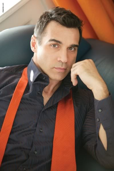 Adrian Paul - He was Duncan MacLeod of The Clan MacLeod in the old Highlander TV series in the 90s. Wow he was something... whew! He is still looking pretty fantastic!