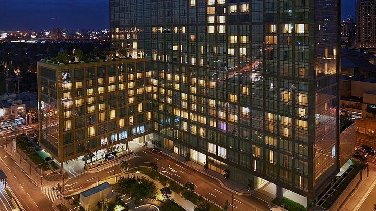 Fairmont Makati Will Change the Way you See Life