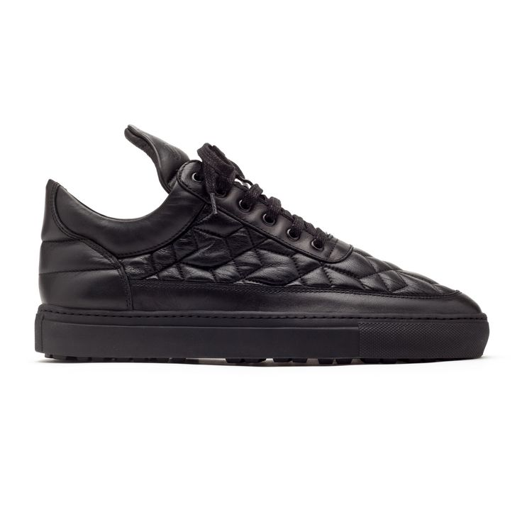The Filling Pieces Low Top Quilted Black