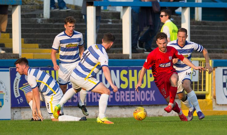 Queen's Park's Chris Duff in action during the Betfred Cup game between Morton and Queen's Park.