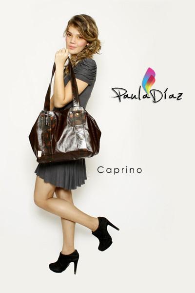 Línea: DISTINGUIDOS  Referencia: CAPRINO  Diseño: Paula Díaz  En cuero: $190000  En sintético: $96000  En Lujo: $250000