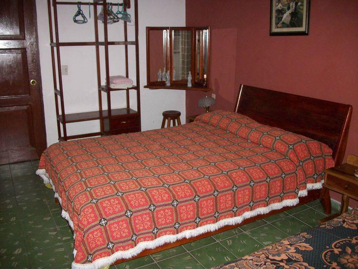 Hostal Rodolfo y Xiomara  Owner:                             Rodolfo  City:                                Camaquey  Address:                           Oscar Primelles 613 / Lugareño y San Ramon