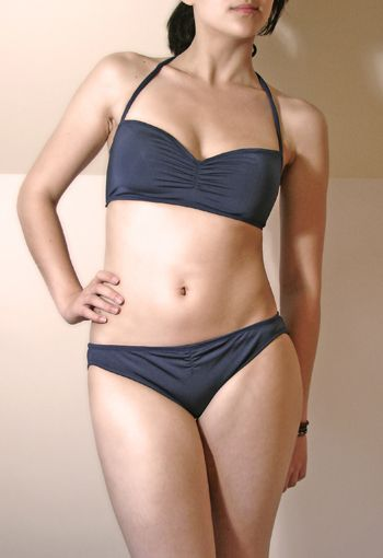 Free bikini pattern and detailed tutorial. We're so looking forward to summer!